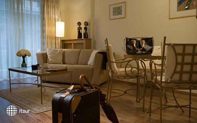 Mamaison Residence Izabella 3