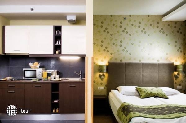 Opera Garden Hotel & Apartments 5