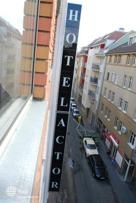 Actor Hotel 5