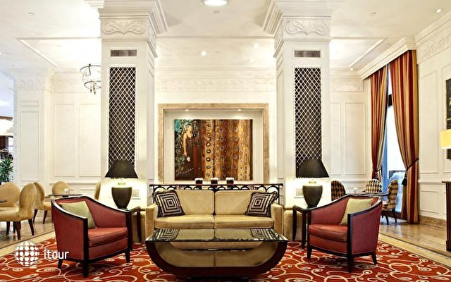 Corinthia Grand Hotel Royal 6