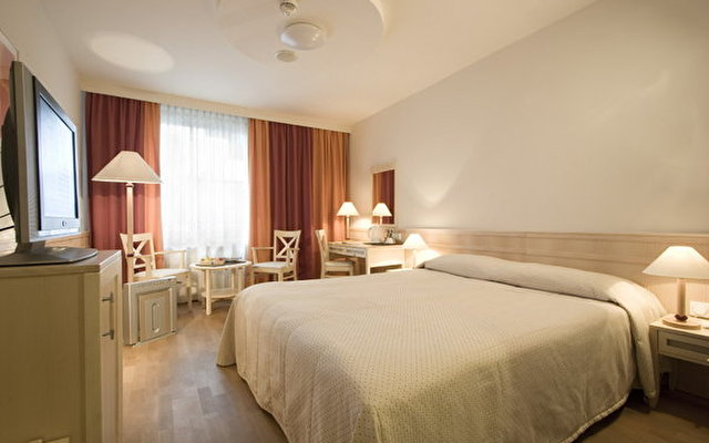 Mercure Budapest City Center (ex Hotel Taverna) 9