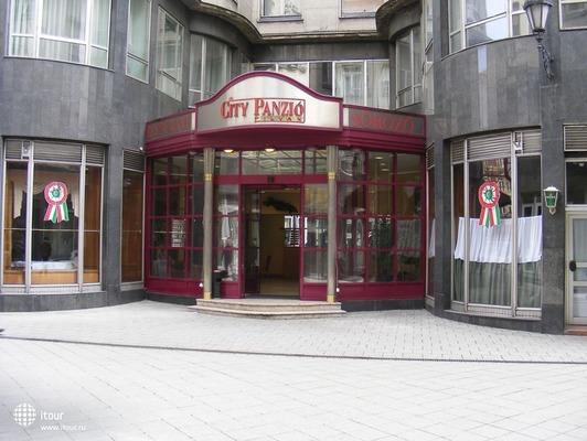 City Hotel Pilax 1