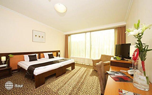 Best Western Plus Hotel Ambra 8