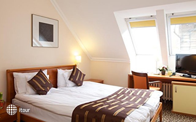 Best Western Plus Hotel Ambra 5