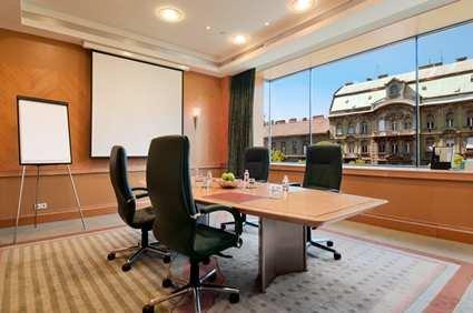 Hilton Budapest Westend 9