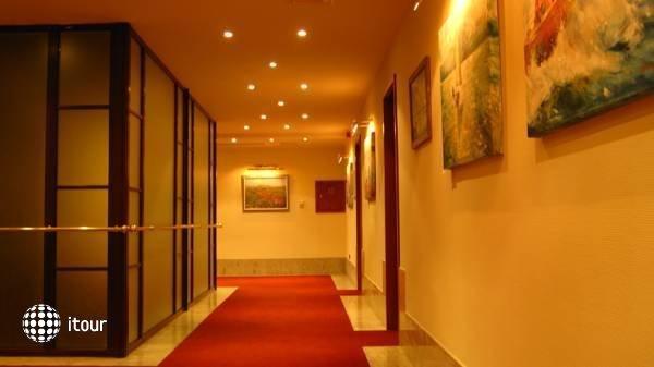 Hotel Tihany Atrium 5