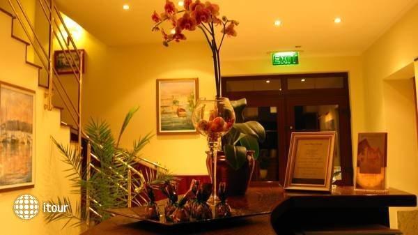 Hotel Tihany Atrium 6