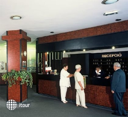 Hunguest Hotel Nagyerdo 4