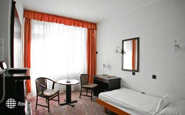 Hunguest Hotel Nagyerdo 6