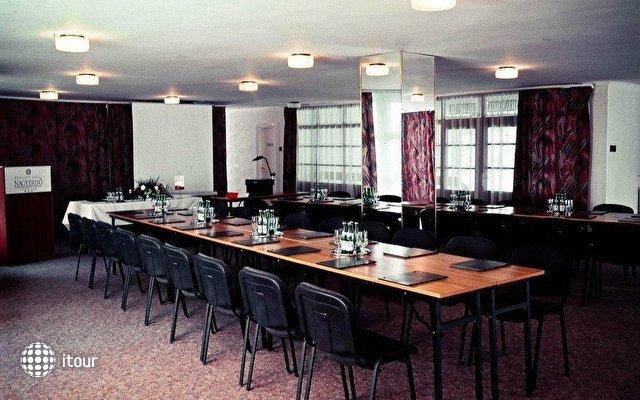 Hunguest Hotel Nagyerdo 7
