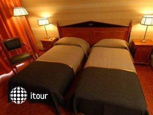 Hotel Divinus 8