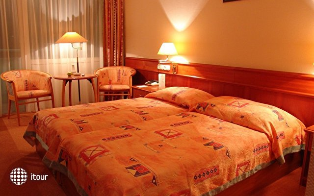 Naturmed Hotel Carbona 8