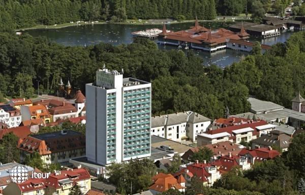 Hunguest Hotel Panorama  5