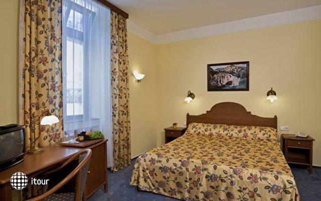 Park Hotel Heviz 5