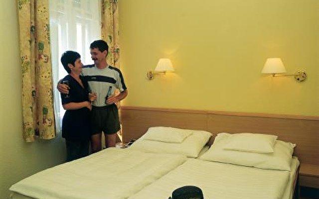 Hunguest Hotel Helios 4