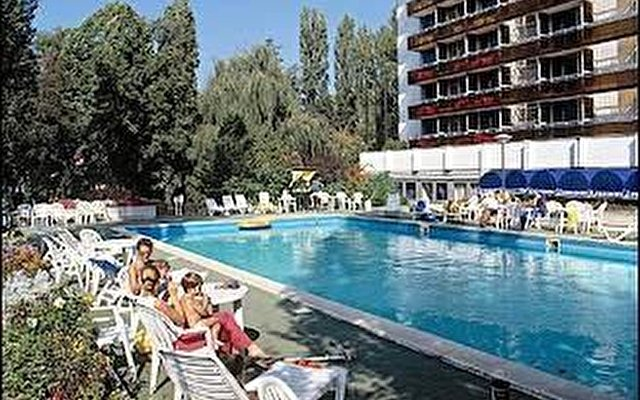 Pannonia Hotel Europa 6