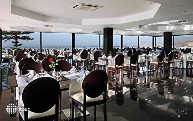 Anezi Tower Hotel & Apartments 9