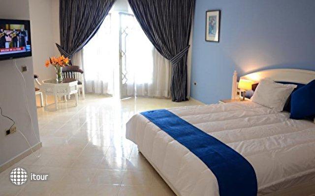 Blue Sea Le Tivoli 3