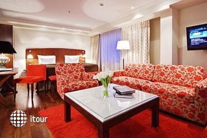 Sokos Hotel Olympia Garden 4