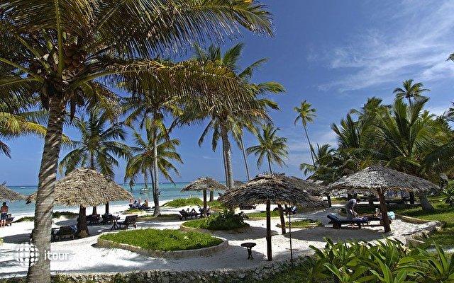 Breezes Beach Club & Spa 1