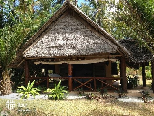 Kinasi Lodge 1
