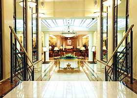 Opera Hotel 7