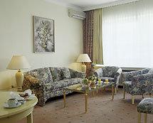 Natsionalnyy Hotel 10