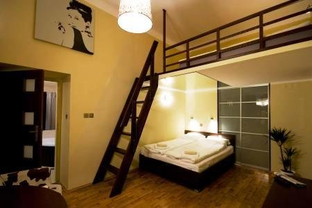 Bluebells Apartments 8