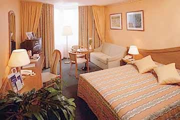 Holiday Inn 5