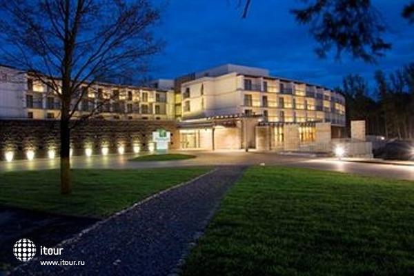 Holiday Inn Warszawa Jozefow 10