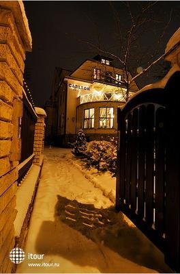 Carlton Guest House 5