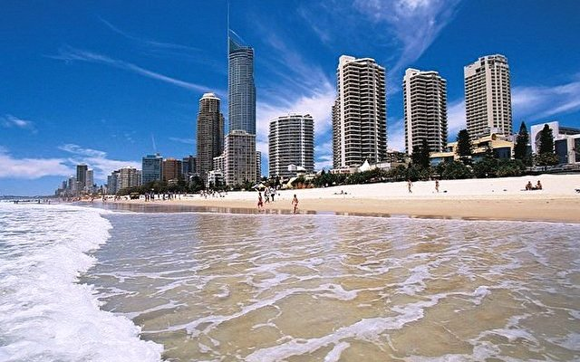 Courtyard By Marriott Surfers Paradise Resort 10