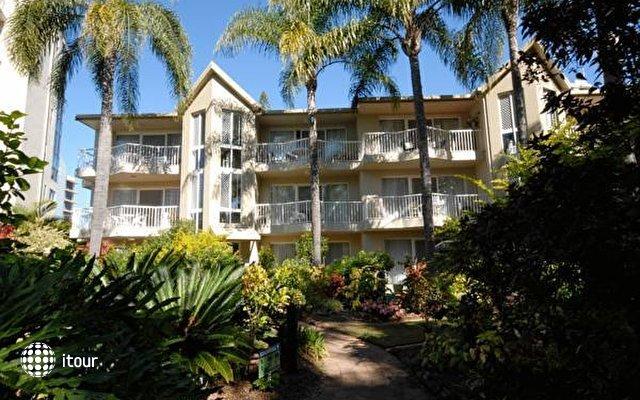 Comfort Inn & Suites Mari Court 2