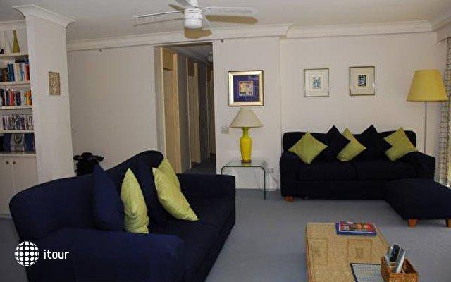 Contessa Holiday Apartments  7