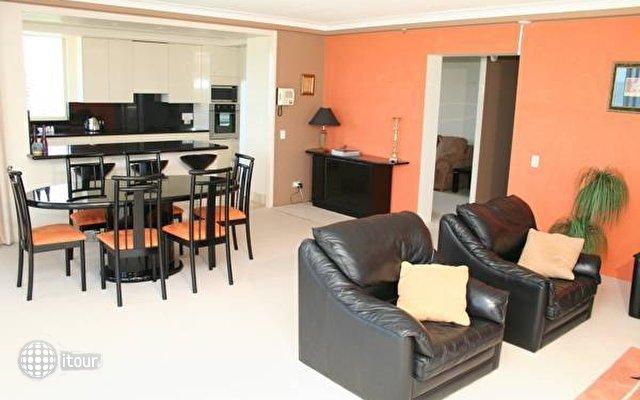 Contessa Holiday Apartments  8