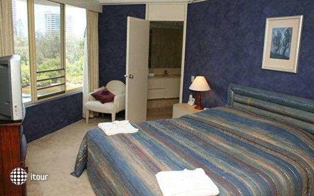 Contessa Holiday Apartments  9