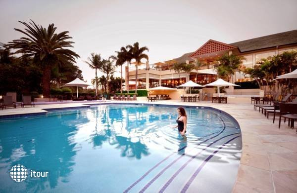 Radisson Resort Gold Coast  1