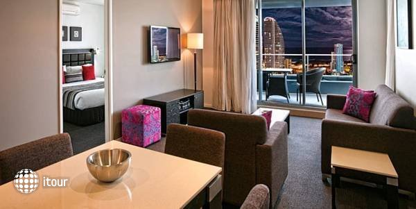 Meriton Serviced Apartments  1