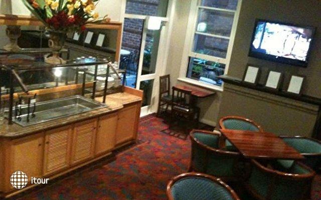 Woolbrokers Hotel  4