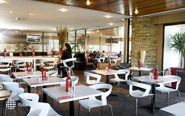 Ibis Sydney Airport 8