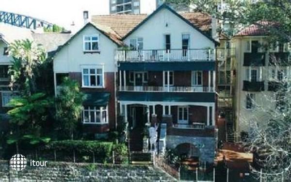 Glenferrie Lodge  1