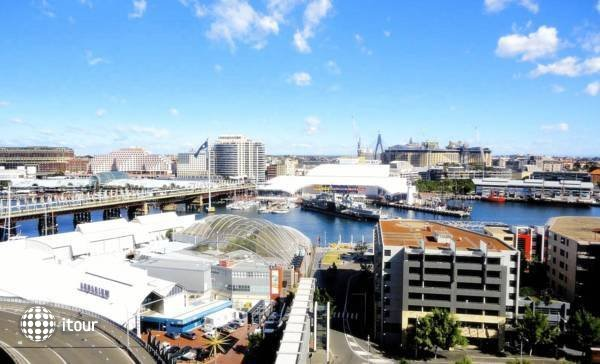 Metro Apartments On Darling Harbour 6