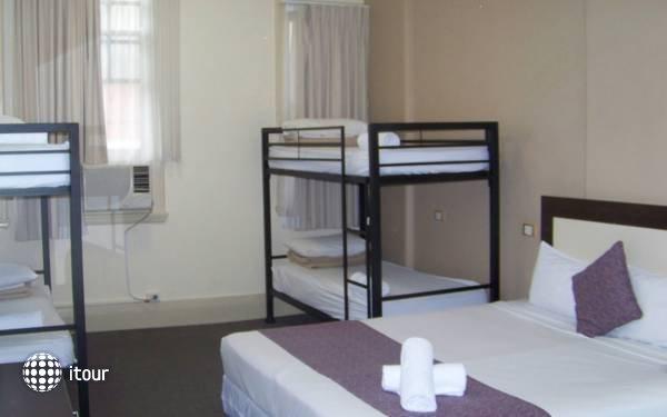 Aarons Hotel Sydney 3
