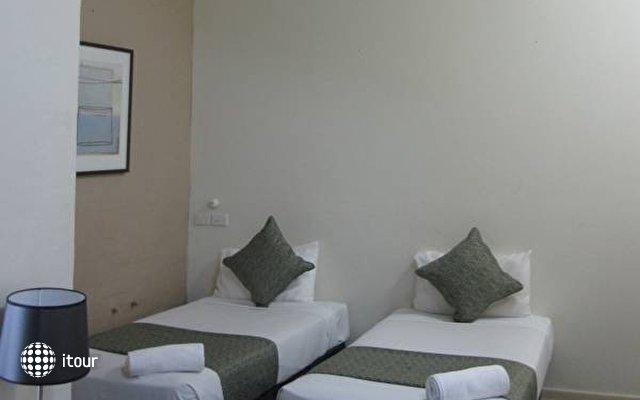 Aarons Hotel Sydney 6