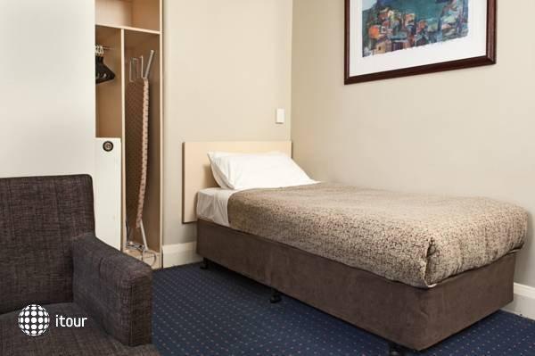 Kingsgate Hotel 4