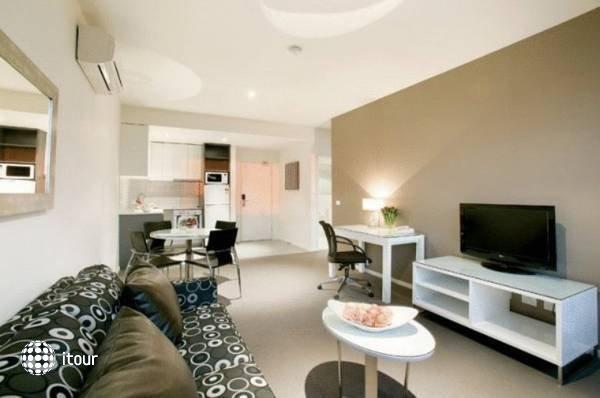 Punthill Oakleigh 3