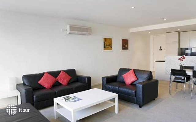 Quest Hero Serviced Apartments  5