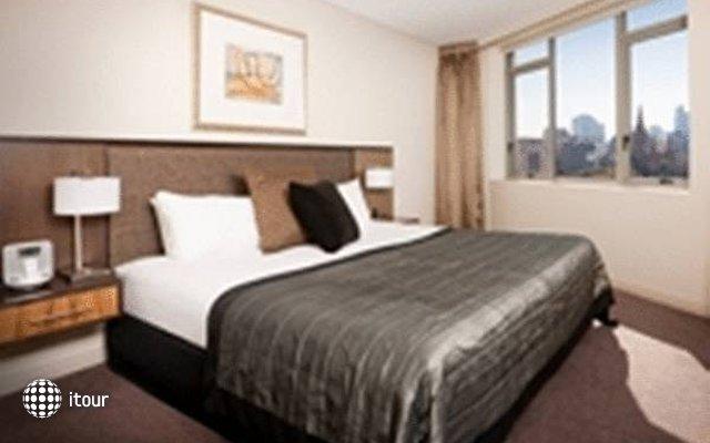 Quay West Suites Melbourne  1
