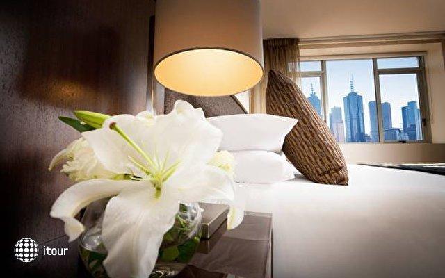 Quay West Suites Melbourne  4