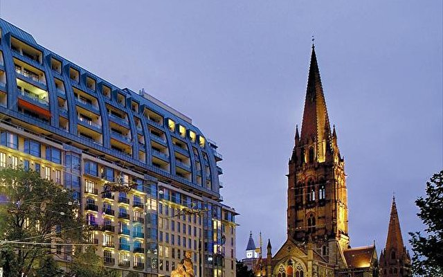 The Westin Melbourne 1